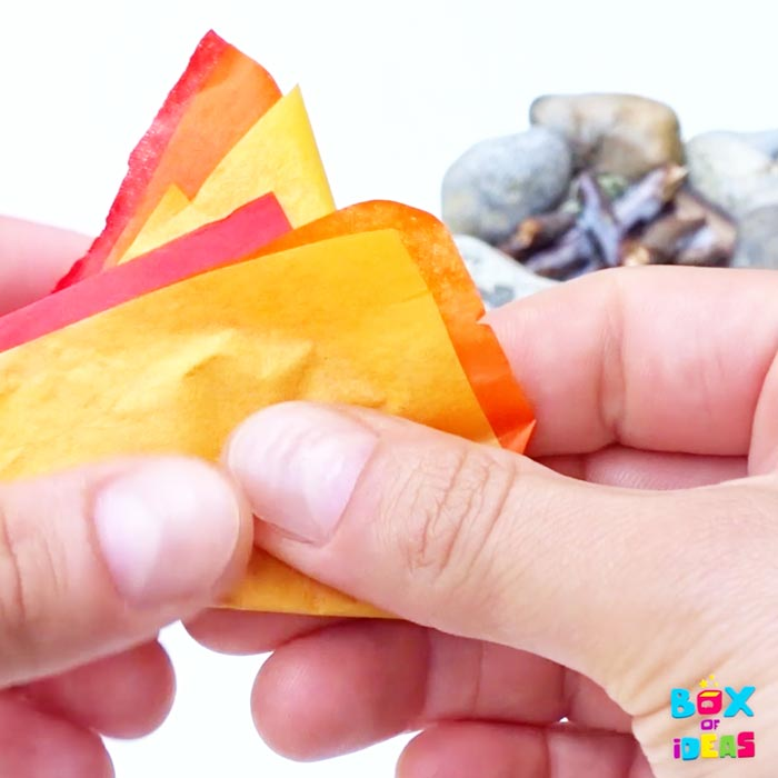 papel-china-flames-tutorial-rocks-sticks-glue-paper-materials-for-easy-miniature-camprife-rock-craft-with-nature-and-paper-artrs-and-crafts-project-by-box-of-ideas