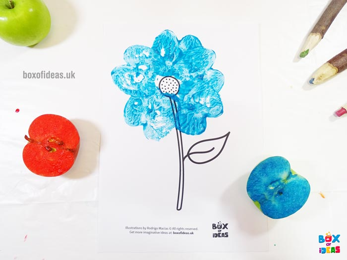 Blue Stamped Flower for Bugs and Nature Simple Stamping Art activity for Preschool Kids using Apples. #preschool #crafts #apples #stamped