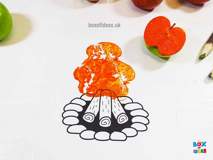Orange Stamped Campfire Fire for Bugs and Nature Simple Stamping Art activity for Preschool Kids using Apples. #preschool #crafts #apples #stamped