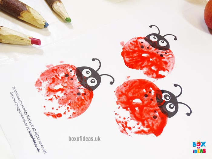 Example Stamped Ladybugs for Bugs and Nature Simple Stamping Art activity for Preschool Kids using Apples. #preschool #crafts #apples #stamped